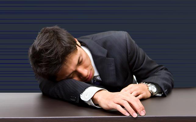 過労死とは? 過労死の原因と予兆と防止策を解説