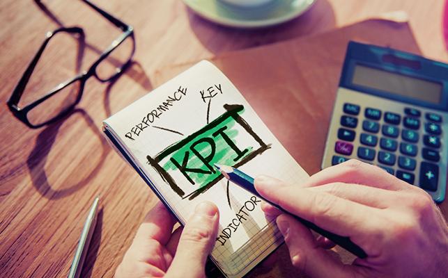 KPIとは? 意味、設定方法、失敗例、人事のKPI例