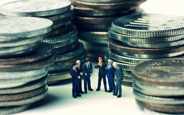 役員報酬とは? 報酬の決め方と注意点、金額を変更する場合について