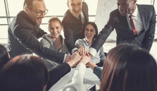 人材育成を目的とした研修で、社員が親しみやすいようにゲーム要素を取り入れたいのですが、どのようなものがありますか?
